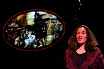 Rôle de Zénon chanté dans l'oeuvre au Noir de Marguerite Yourcenar au théâtre des Martyrs